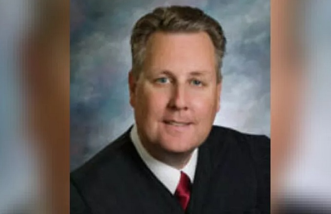 AP: Arizona judge investigated over sex abuse claim